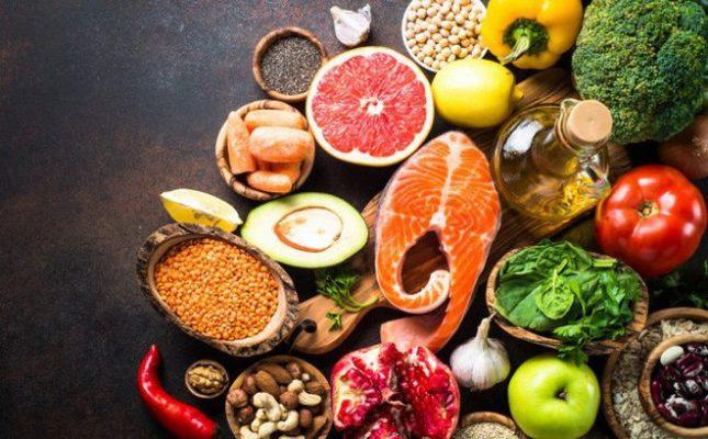 Thực phẩm nên và tránh khi bị viêm khớp vẩy nến